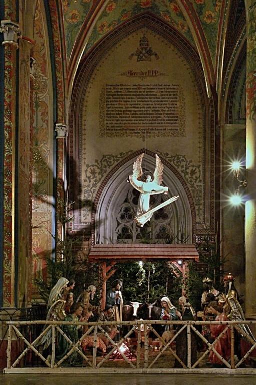 Praha 2 - Vyehrad, bazilika sv. Petra a Pavla - Noc kostel