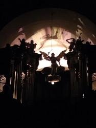 Kostel Povýšení sv. Kříže / Varhany v noci