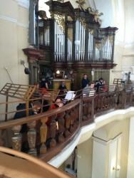 Kostel Povýšení sv. Kříže / Varhany z bočního kůru