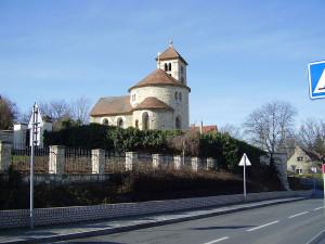 Praha - Přední Kopanina, kostel sv. Máří Magdalény / Autor fotografie: obrázek httpcs.wikipedia.orgwikiSouborP%C5%99edn%C