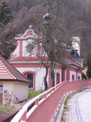Praha-Velká Chuchle, kostel Narození Panny Marie, Malá Chuchle