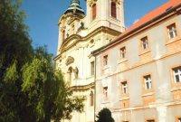 kostel Nanebevzetí Panny Marie, Dolní Ročov