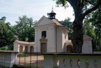 kaple Svaté Rodiny, kopec Paseka