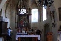 Sobětuchy-Pouchobrady, kostel Nejsvětější Trojice