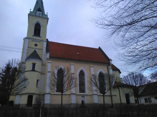 kostel Starojická Lhota