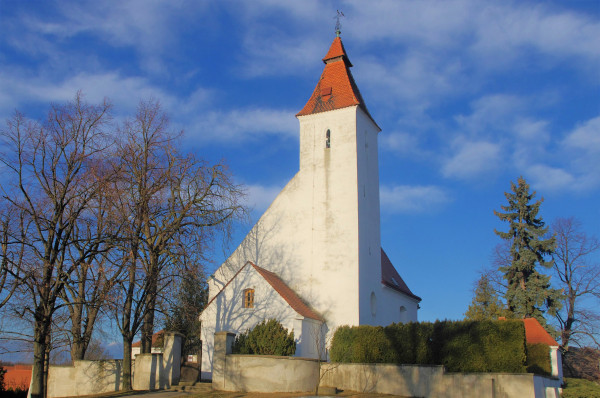 Hovorčovice, kostel Narození sv. Jana Křtitele.jpg