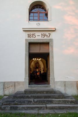 kostel sv. Jiří / vstup