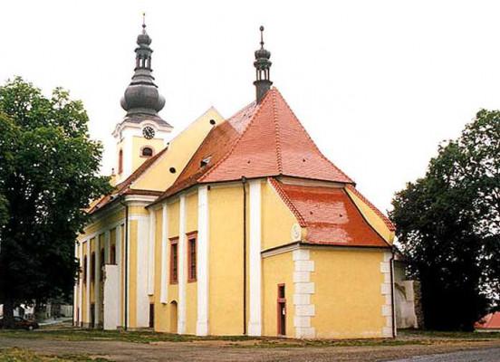 Dolní Dvořiště - U Svatého Kamene, kostel Panny Marie Sněžné
