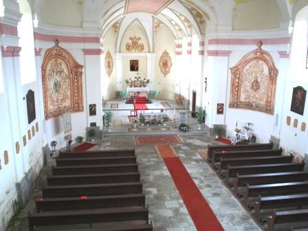 Kostel Panny Marie Sněžné / Vnitřek