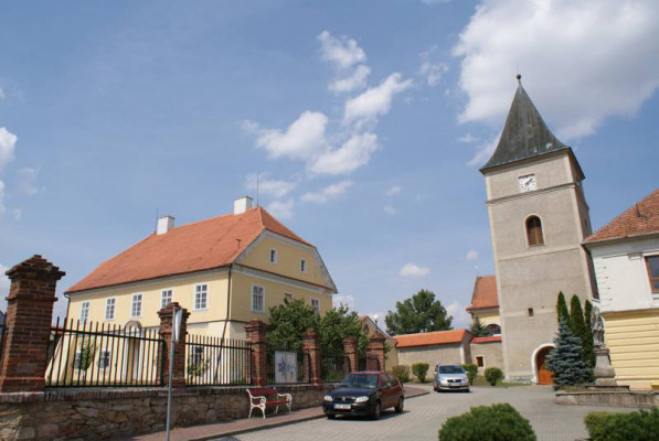 kostel Všech svatých Mohelno
