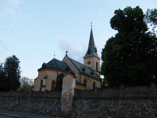Praha 14 - Hloubětín, kostel sv. Jiří