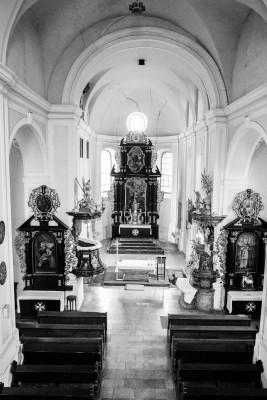 kostel uvnitř