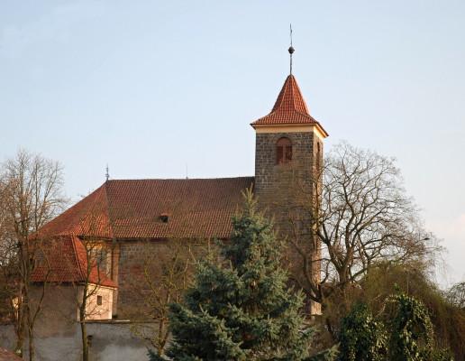 kostel Nanebezvetí Panny Marie 1.jpg