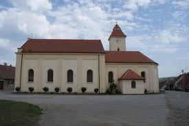 Kostel sv. Jiří a Mikuláše / Starovice