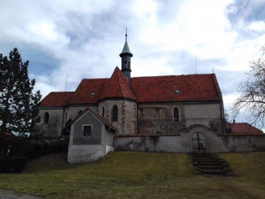 Kostel Nalezení sv. Kříže / obec Bříství