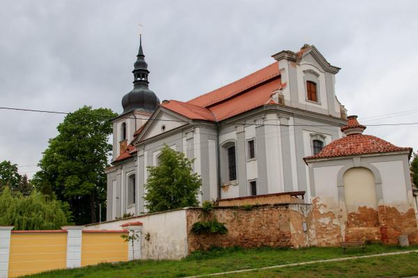 kostel sv. Vojtěcha / exteriér