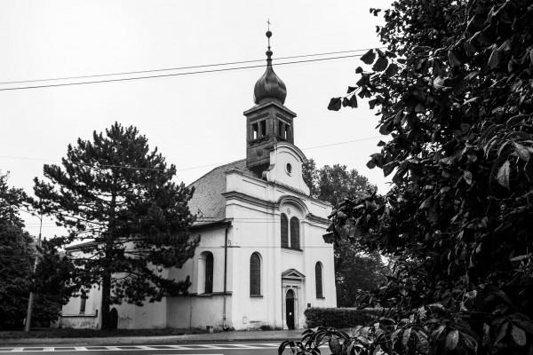 kostel zvenku