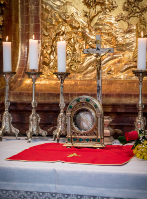 Kapitulní chrám Všech svatých / Relikvie ostatků sv. Prokopa Sázavského