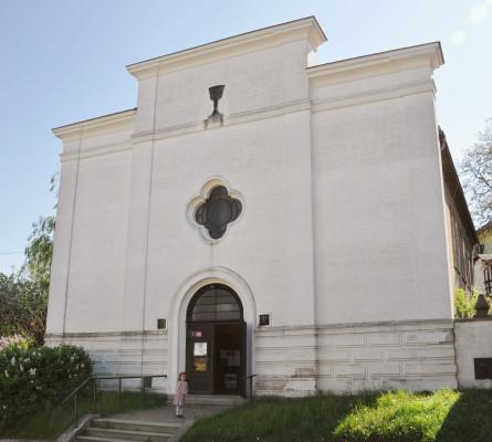 Kostel ČCE v Hořovicích / Evangelický kostel - bývalá synagoga