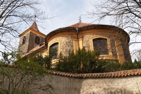 kostel Nanebevzetí Panny Marie.jpg