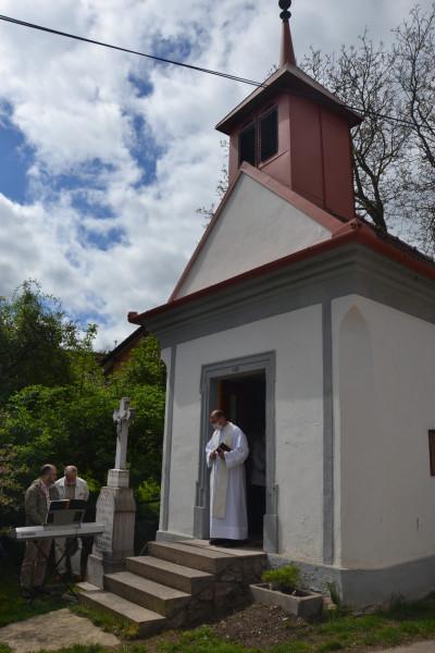 Pouť v Brusné / kaple sv. Jana Nepomuckého v Brusné=