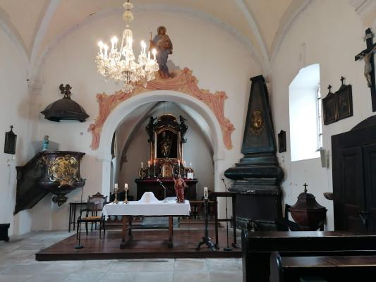 Veltrusy, kostel Narození sv. Jana Křtitele / interier kostela