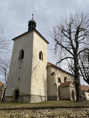 Křešice kostel sv. Matouše   / z čela