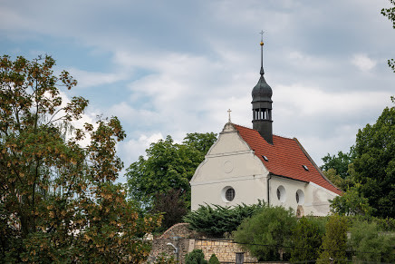 Chvatěruby, Kostel sv. Petra a Pavla / celkový pohled