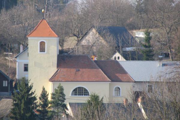 Divišov - Zdebuzeves, kostel sv. Anny web.jpg