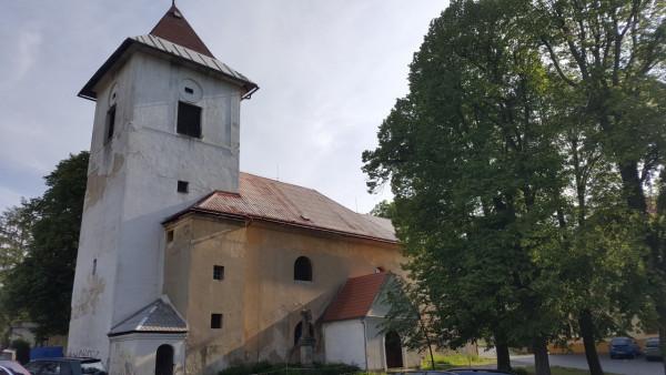 Kostel sv. Bartoloměje v Žandově / Jižní strana kostela
