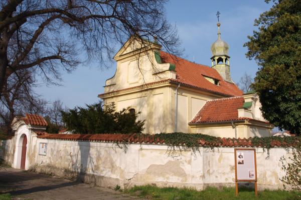 Neratovice-Lobkovice, kostel Nanebevzetí Panny Mar