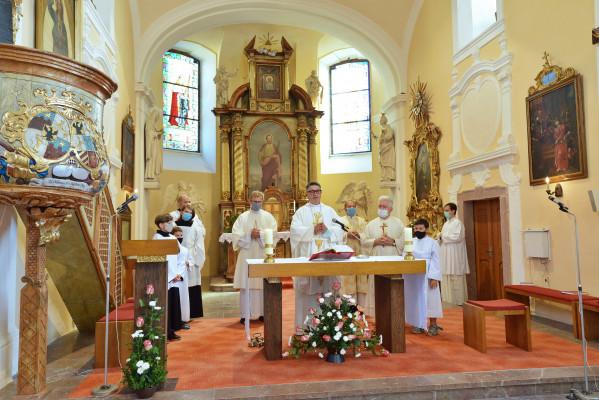 Svěcení nových zvonů v Divišově 12. září 2020 / Světitelem byl strahovský opat Daniel Janáček OPraem.