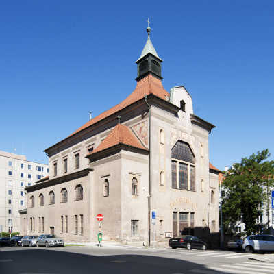 Praha 3 - Žizkov, kostel sv. Anny.jpg