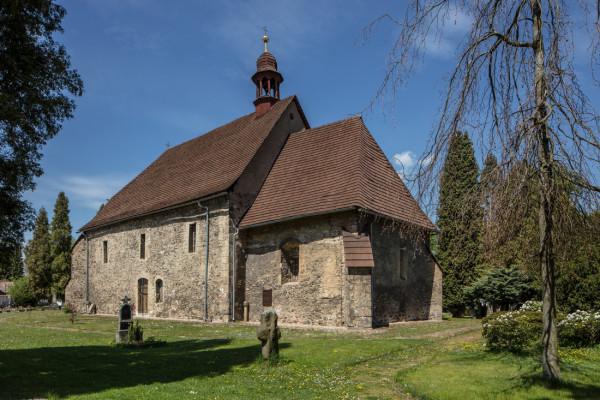 Kostel sv. Jakuba staršího / Nejstarší stavební památka v Ostrově