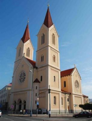Plzeň-Bory, kostel sv. Jana Nepomuckého