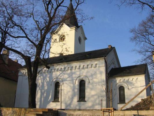 Praha-Dolní Počernice, kostel Nanebevzetí Panny Marie
