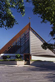 Praha 10 - Strašnice, kostel Neposkvrněného Početí Panny Marie