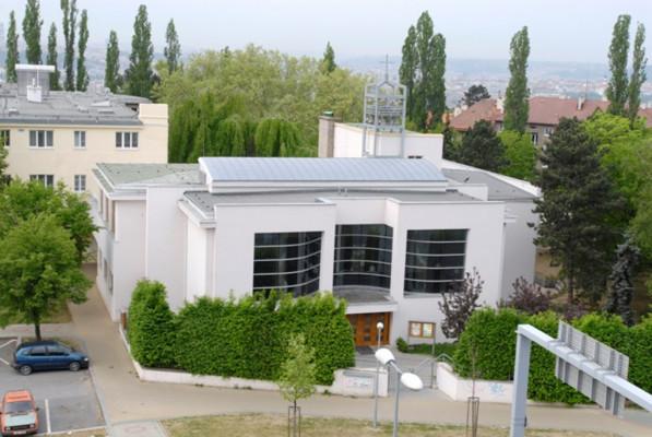 Praha 8 - Kobylisy, kostel sv. Terezie od Dítěte Ježíše
