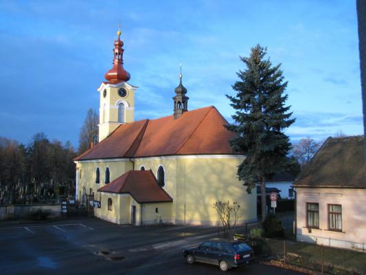 Hradec Králové - Pouchov, kostel sv. Pavla