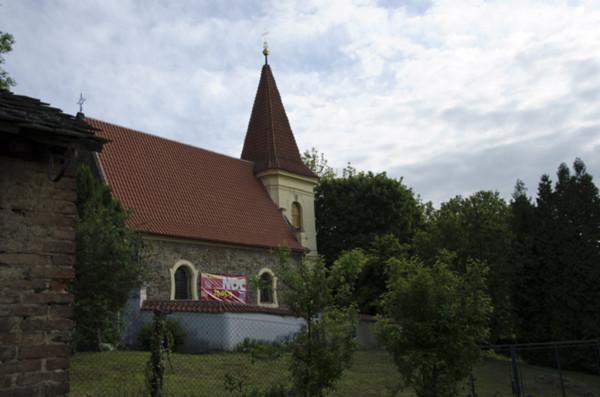 Praha-Petrovice, kostel sv. Jakuba Staršího