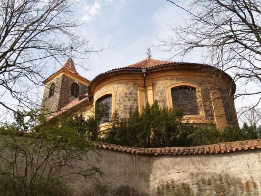 Čelákovice-Hrádek, kostel Nanebevzetí Panny Marie