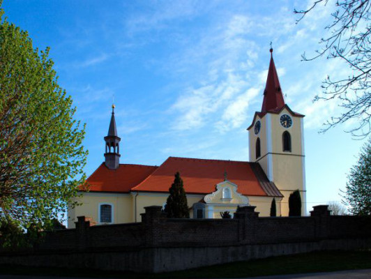 Jasenná, kostel sv. Jiří