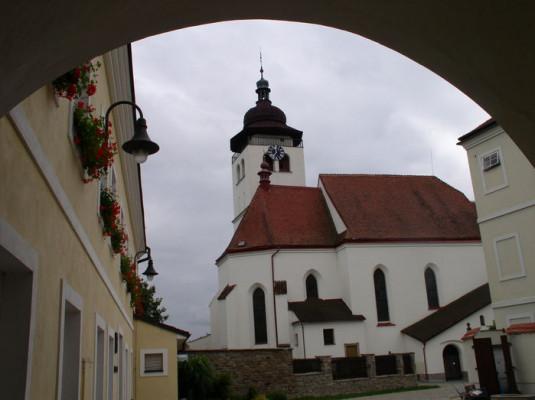Nové Město nad Metují, děkanský kostel Nejsvětější Trojice