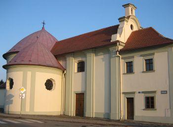 Slavkov u Brna, kaple sv. Jana Křtitele se špitálem