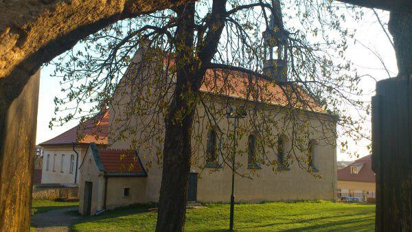 Kostel Stětí sv. Jana Křtitele v Praze Hostivaři