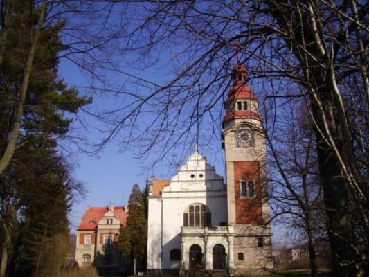 Broumov-Velká Ves, Husův sbor a modlitebna CČSH