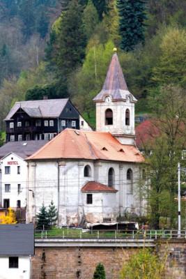 Děčín-Dolní Žleb, kostel Nejsvětější Trojice