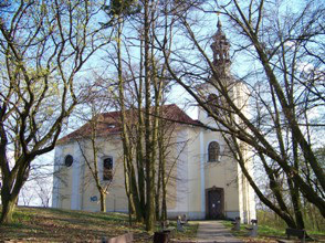 Praha-Velká Chuchle, kostel sv. Jana Nepomuckého
