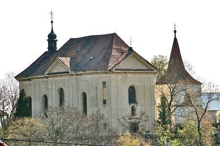 Zápy, kostel sv. Jakuba Staršího, hřbitov