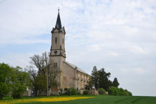 Chleby, evangelický kostel, hřbitov